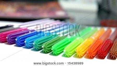 Colourful maker pens