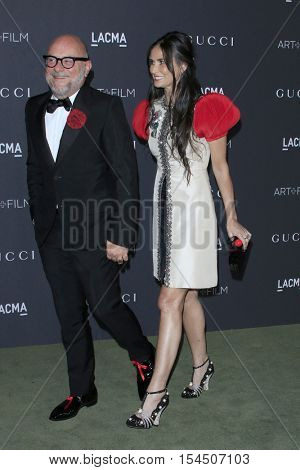 LOS ANGELES - OCT 29:  Eric Buterbaugh, Demi Moore at the 2016 LACMA Art + Film Gala at Los Angeels Country Museum of Art on October 29, 2016 in Los Angeles, CA