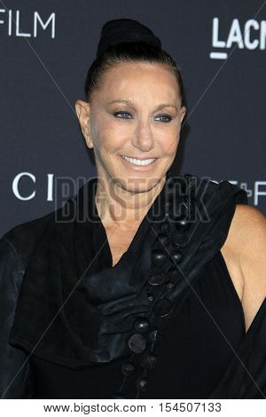 LOS ANGELES - OCT 29:  Donna Karan at the 2016 LACMA Art + Film Gala at Los Angeels Country Museum of Art on October 29, 2016 in Los Angeles, CA