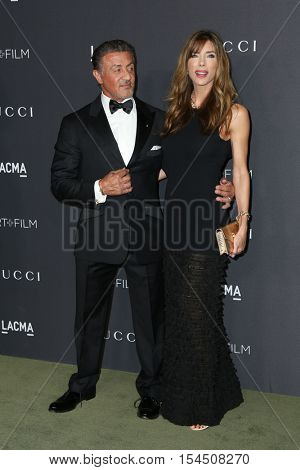 LOS ANGELES - OCT 29:  Sylvester Stallone, Jennifer Flavin at the 2016 LACMA Art + Film Gala at Los Angeels Country Museum of Art on October 29, 2016 in Los Angeles, CA