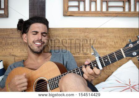 ARRAIAL DO CABO BRAZIL 5 SEPTEMBER 2016: Ivo Mozart playing guitar
