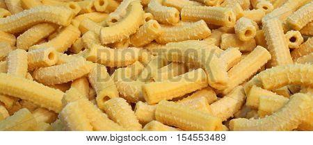 Yellow Macaroni Dry Fresh Pasta