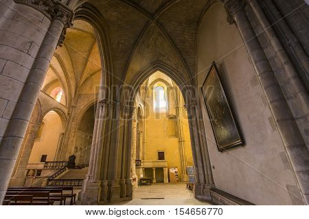 Cathedral Saint-cyr-sainte-julitte, Nevers, France