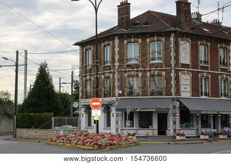 Chantilly France - July 09 2012: L' Essentiel restaurant on Avenue Aumont