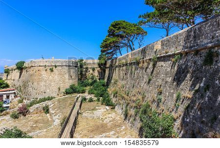Fortezza - walls of ancient fortress in Rethymno