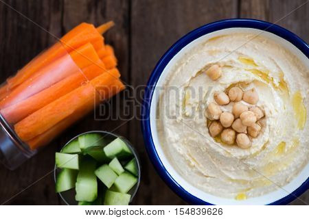 Classic Hummus With Carrot And Cucucmber Sticks