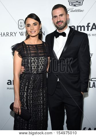 LOS ANGELES - OCT 27:  Mia Maestro arrives to the amFAR's Inspiration Gala on October 27, 2016 in Hollywood, CA