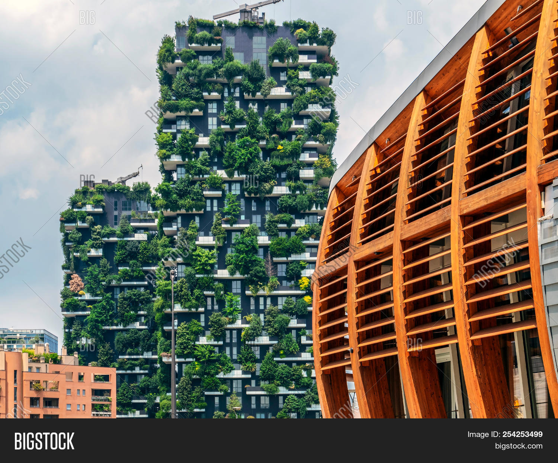Foto Bosco Verticale Milano milan, italy - june 22 image & photo (free trial)   bigstock