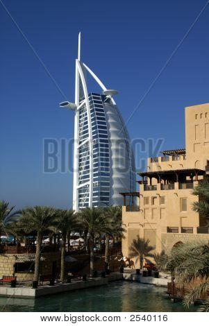 Dubai - Mina A'Salam & Burj