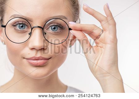 Glasses For Students. Sales On Spectacles. Glasses For Far Vision