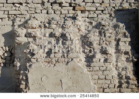 Jagged White Brick Wall