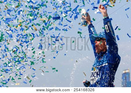 August 12, 2018 - Brooklyn, Michigan, USA: Kevin Harvick (4) wins the Consumers Energy 400 at Michigan International Speedway in Brooklyn, Michigan.