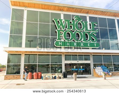 Whole Foods Market Store Exterior And Logo In Irving, Texas, Usa