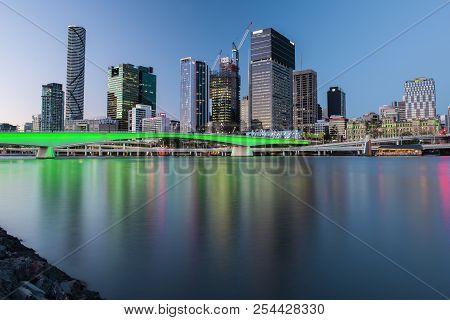 Brisbane, Queensland, Australia - August 19th 2018: View Of Victoria Bridge And River In Brisbane Ci