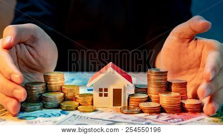 Real Estate Or Property Investment Growing Business. Home Mortgage Loan Rate. Saving Money For Retir