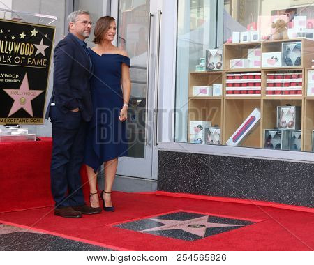 LOS ANGELES - AUG 20:  Steve Carell, Jennifer Garner at the Jennifer Garner Star Ceremony on the Hollywood Walk of Fame on August 20, 2018 in Los Angeles, CA