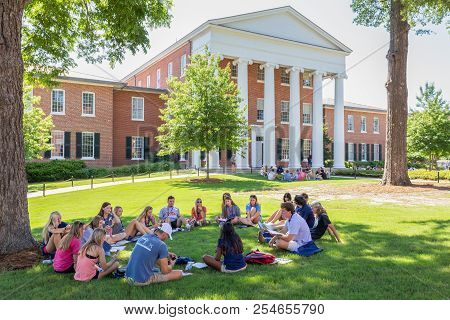 Students Gathered In Study At Ole Miss