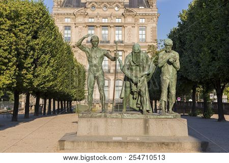 Paris, France - July 04, 2018: Statue In Tuileries The Garden Of The Cain (the Sons Of Cain) By Paul