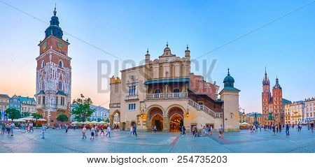 Krakow, Poland - June 11, 2018: The Plac Mariacki In Krakow Is One Of The Most Beautiful Squares In