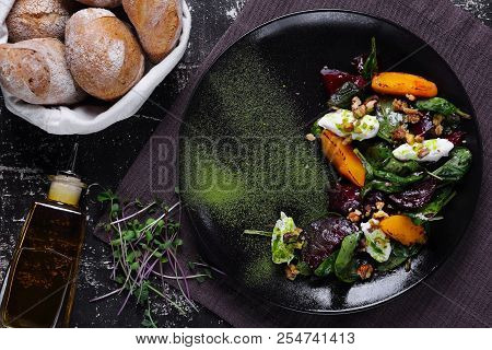 Vegetarian Salad With Baked Beetroot, Peach And Cottage Cheese