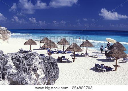 Mexico Yucatan Cancun Beach Caribbean Sea