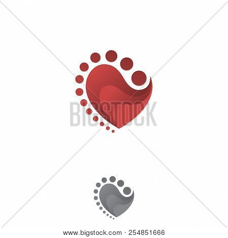 Abstract Red And Grey 3d Heart. Red Heart. Bright Red Heart. Shiny Red Heart. 3d Red Heart Isolated