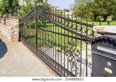 Black Iron Fence.  Wrought Iron Fence Gate