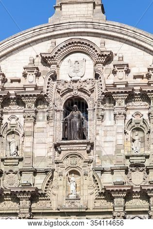 Lima / Peru - May 10 2016: A Catholic Cathedral In The Plaza De Armas With Detailed Statues And Pill