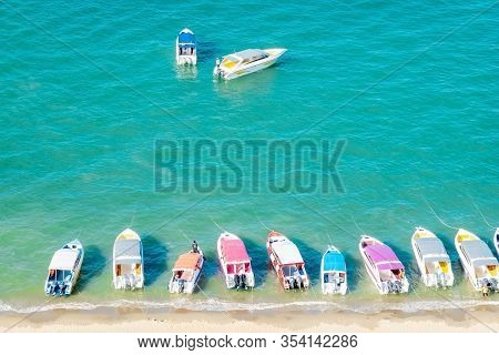 Amazing Thailand High Season Long Tail And Speed Boat Thai And Foreign Tourists At Pattaya Beach Bea