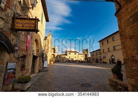 Monteriggione, Tuscany Italy - February 29, 2020 View Of Porta Franca In Monteriggione Medieval Town
