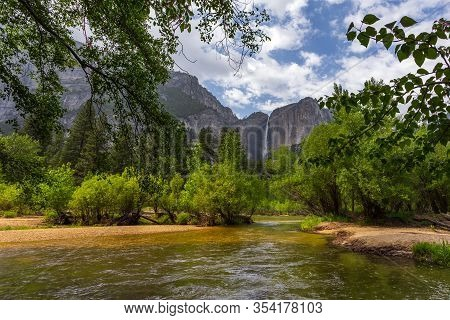 View Of The Yosemite Falls, The Highest Falls In Yosemite National Park. Located In Yosemite Valley,