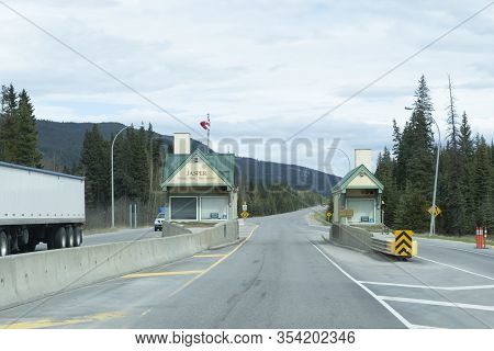 Jasper National Park Entranceice In Jasper National Park, Alberta, Canada