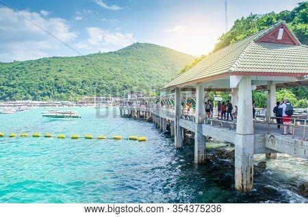 Thailand , Koh Larn Pattaya Oct 21, 2019 : Seascape Of Koh Larn Island. Small Tropical Beach In Patt