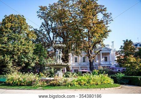 Paris/france - September 10, 2019 : Restaurant Laurent In Gardens Of The Champs Elysees