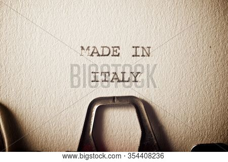 The sentence, made in Italy, written with a typewriter.