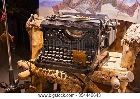 Tallinn, Estonia - January 12, 2018: Old Vintage Typewriter Ideal In Antique Shop Window In Historic