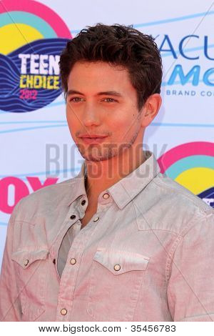 LOS ANGELES - JUL 22:  Jackson Rathbone arriving at the 2012 Teen Choice Awards at Gibson Ampitheatre on July 22, 2012 in Los Angeles, CA