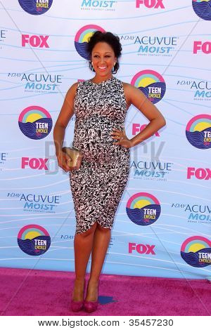 LOS ANGELES - JUL 22:  Tamera Mowry arriving at the 2012 Teen Choice Awards at Gibson Ampitheatre on July 22, 2012 in Los Angeles, CA