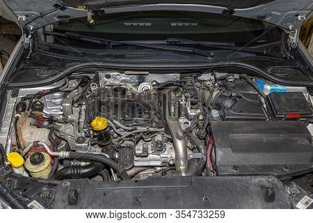 Bonn, Germany 3 March 2020. Engine Compartment For Renault Laguna 3 Grandtour Passenger Car In Stati
