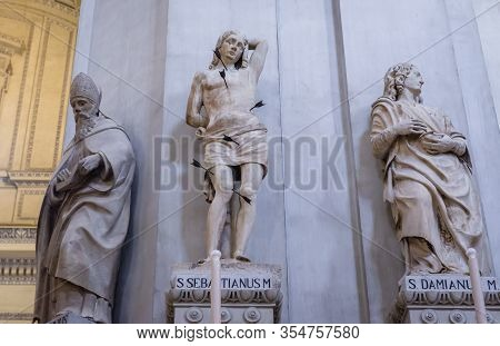 Palermo, Italy - May 8, 2019: Statues Inside The Roman Catholic Assumption Cathedral In Palermo, Sic