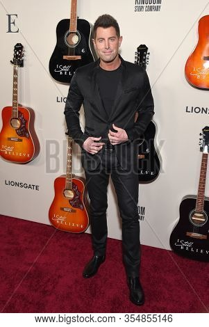 LOS ANGELES - MAR 07:  Jeremy Camp arrives for ÔI Still BelieveÕ Screening on March 07, 2020 in Hollywood, CA