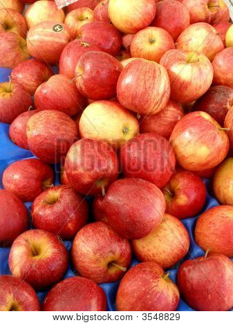 Fruit Apples In Tray