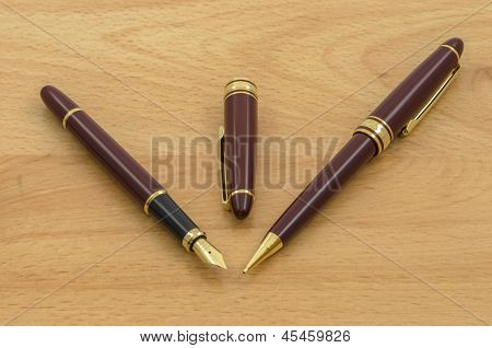 Fountain Pen And Pencil Set 03