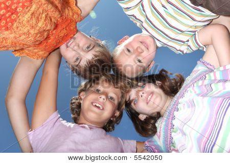 Quatro amigos divertidos