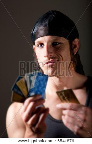 Dieb mit Kreditkarten