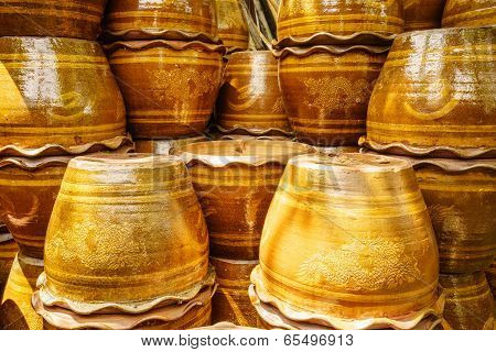 Shiny Terra-cotta Flower Pot
