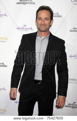 LOS ANGELES - NOV 4:  Luke Perry at the Hallmark Channel's