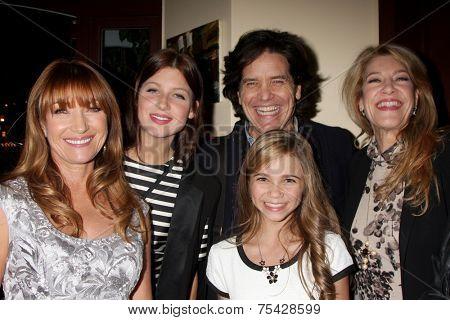 LOS ANGELES - NOV 4:  Jane Seymour, Keenan Kampa, Paris Abbott, Michael Damian, Janeen Damianat the