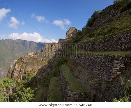 Wayna Picchu ruins