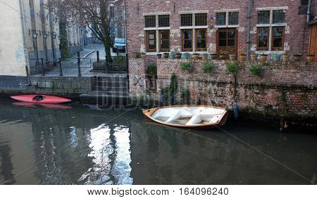 House by the river in the city of Ghent